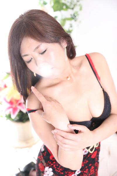 錦糸町デリヘル 美人妻専科 錦糸町ローズマリー 村上 エミの画像