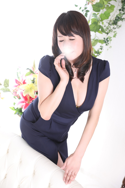 錦糸町デリヘル 美人妻専科 錦糸町ローズマリー 杉山 あずさの画像4